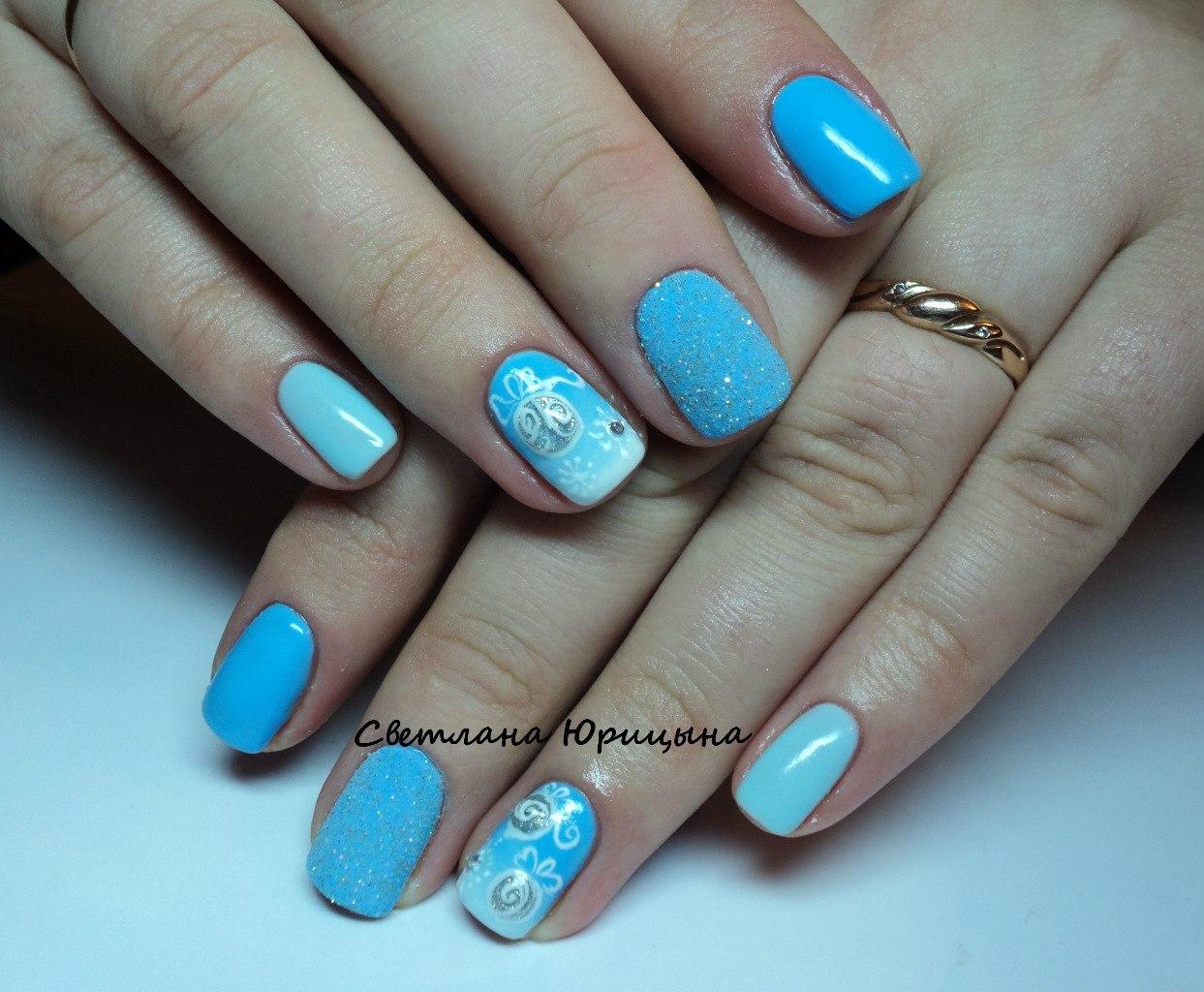 Ногти с голубым гелем фото