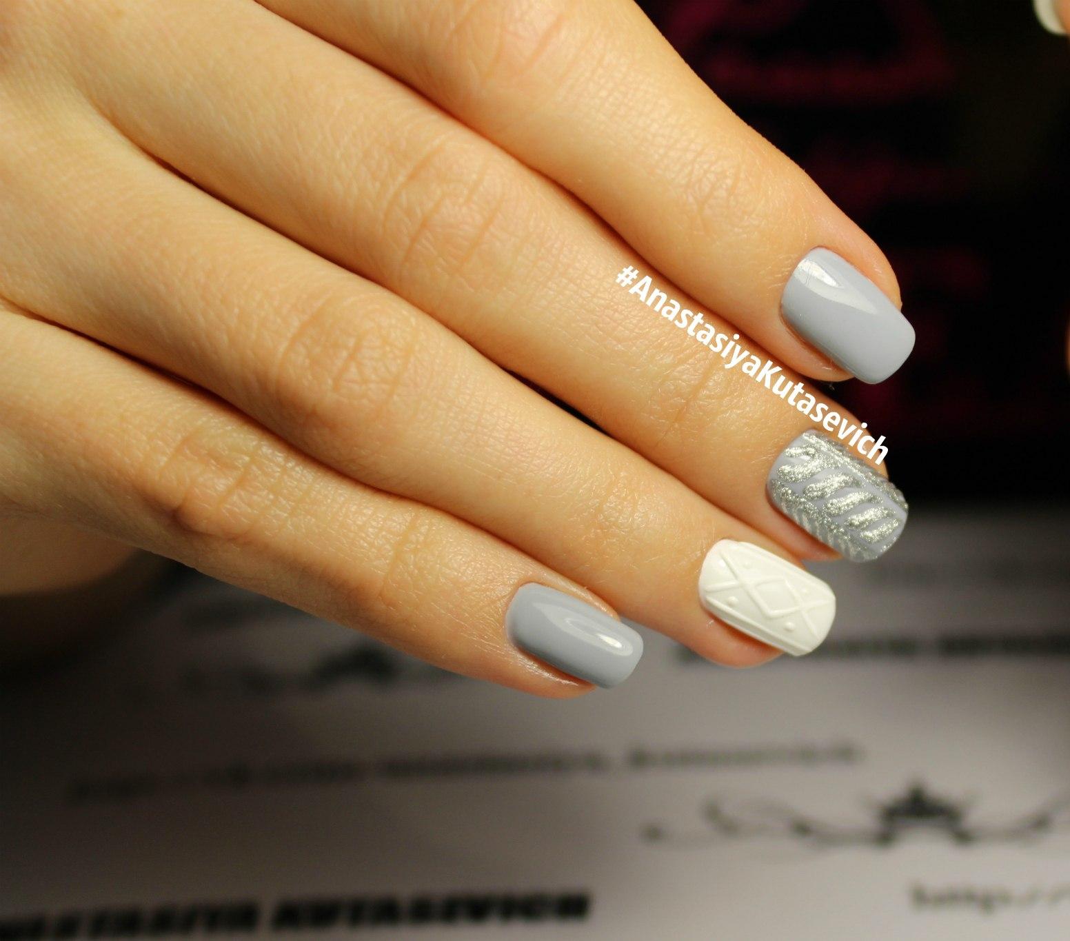 Серо белый дизайн ногтей фото