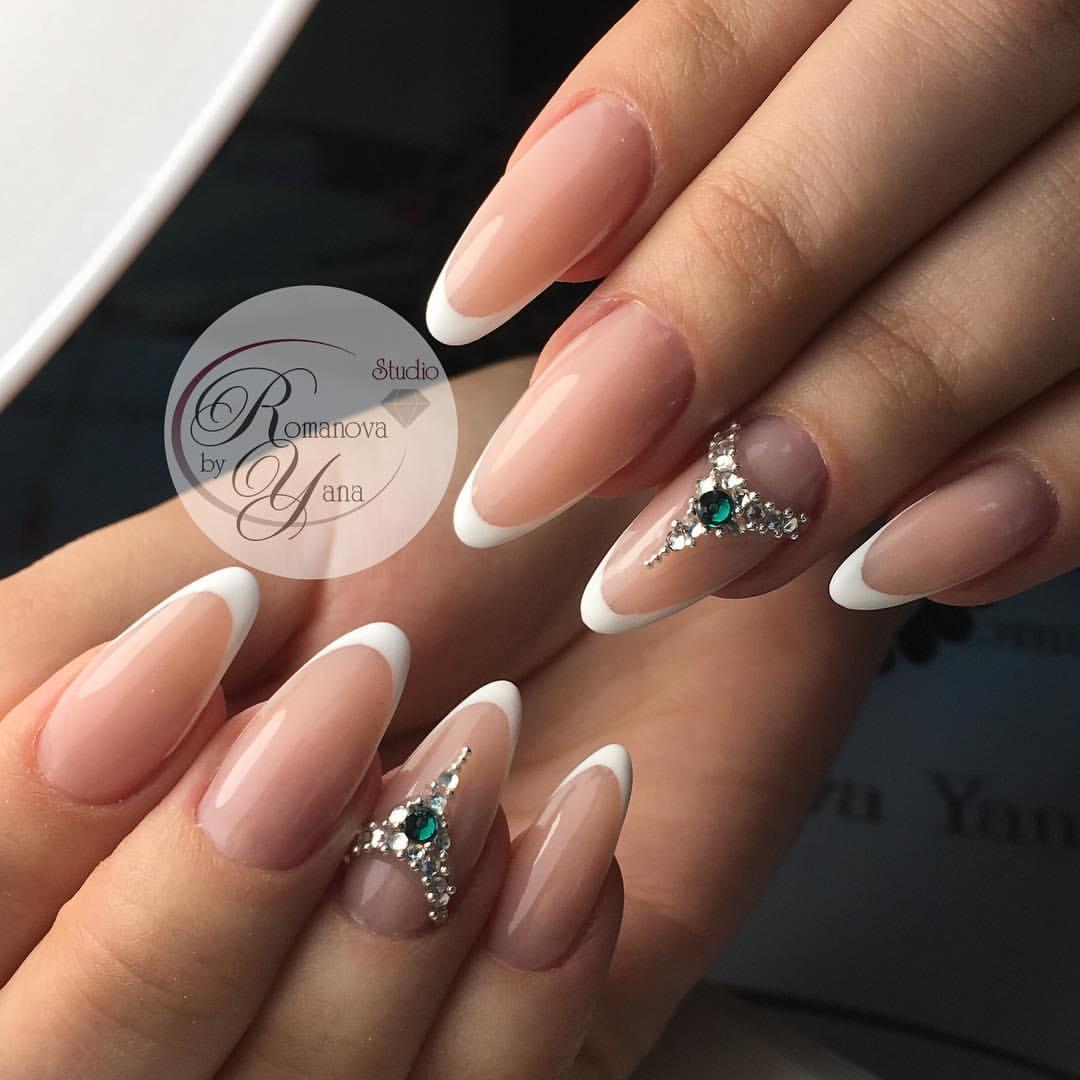 Френч на ногтях миндалевидных 2017 новинки