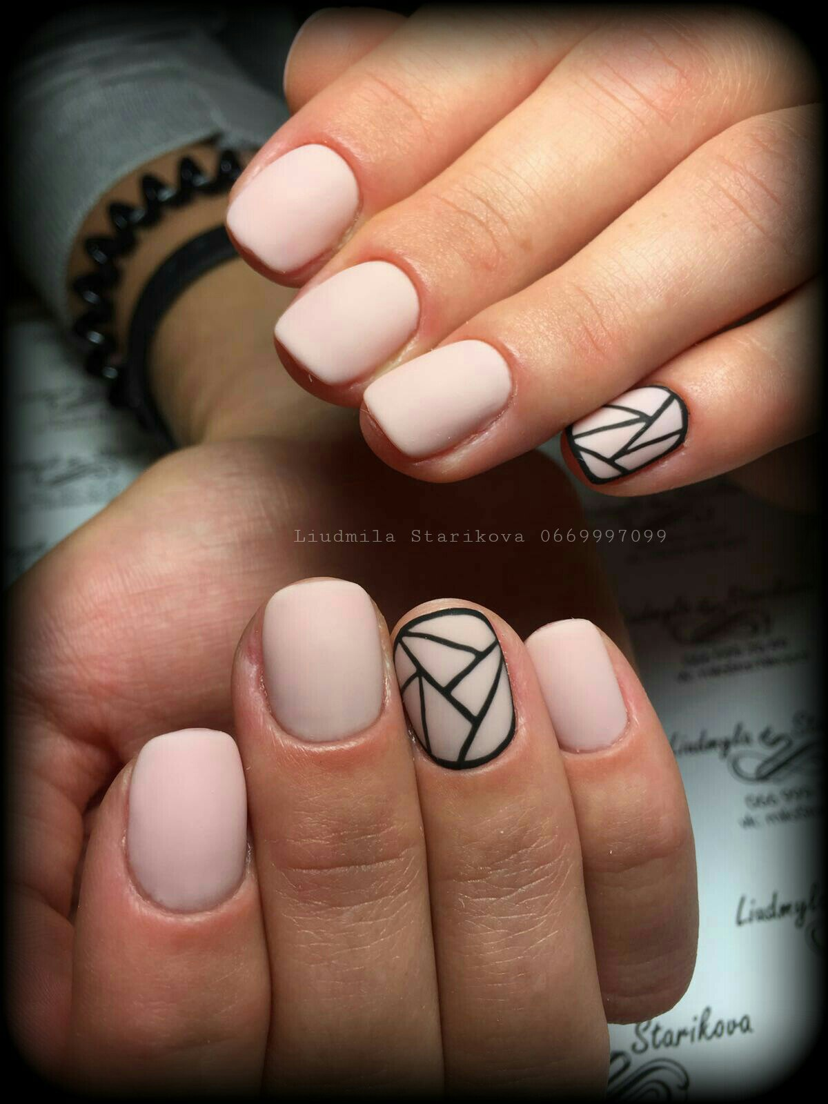 фото маникюра на короткие ногти с рисунком