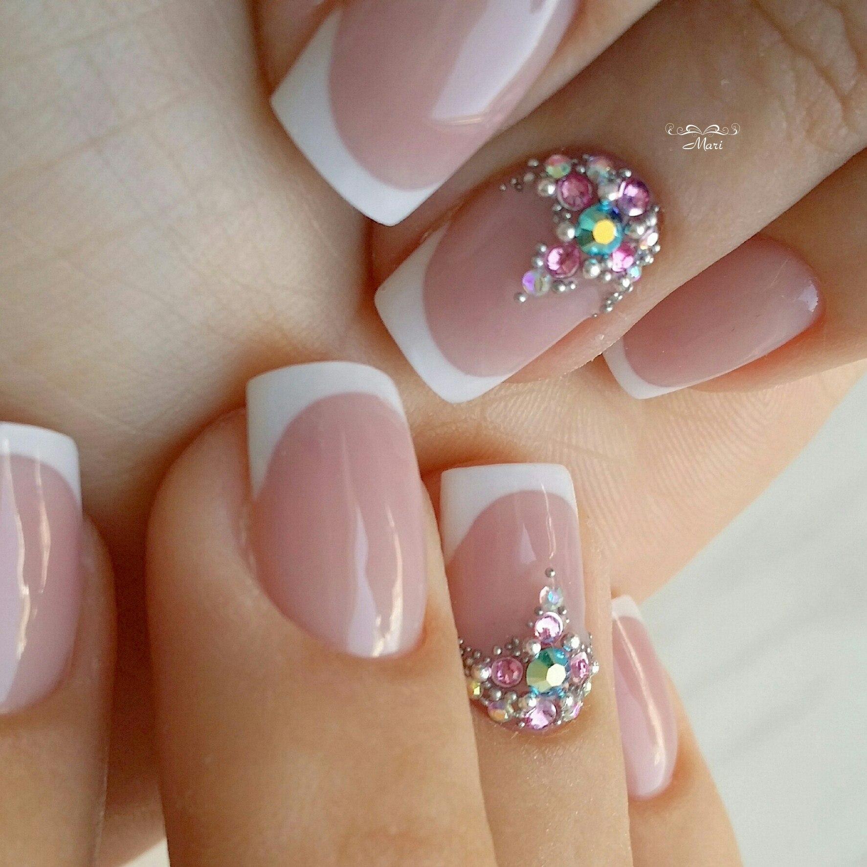 Квадратные ногти: как сделать красивый маникюр | 1773x1773