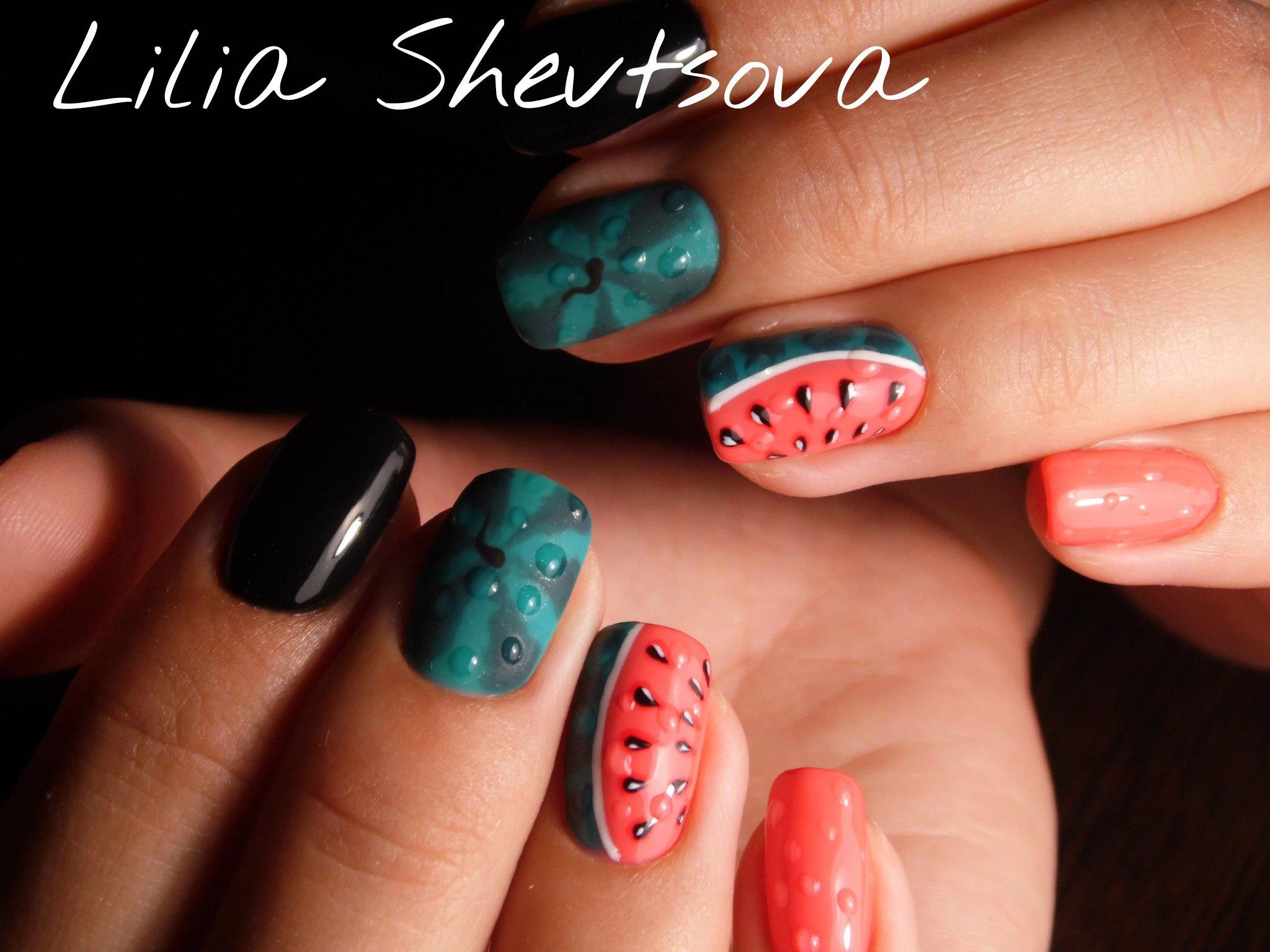 Матовые разноцветные ногти фото