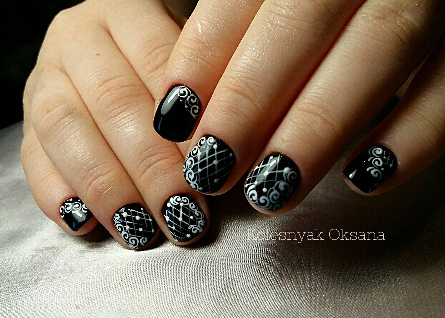 Маникюр к черному платью на короткие ногти фото