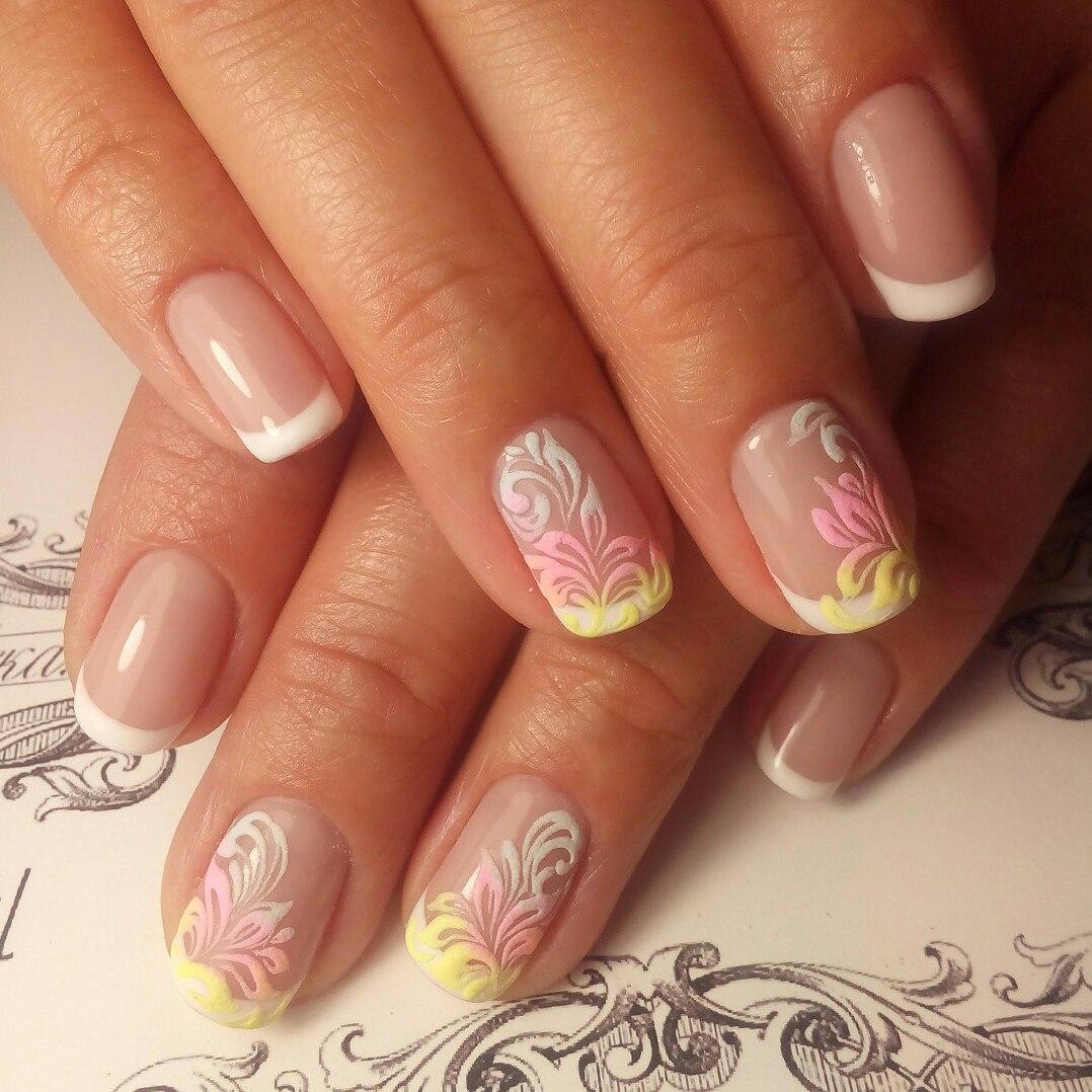 Фото акриловых ногтей нежный дизайн