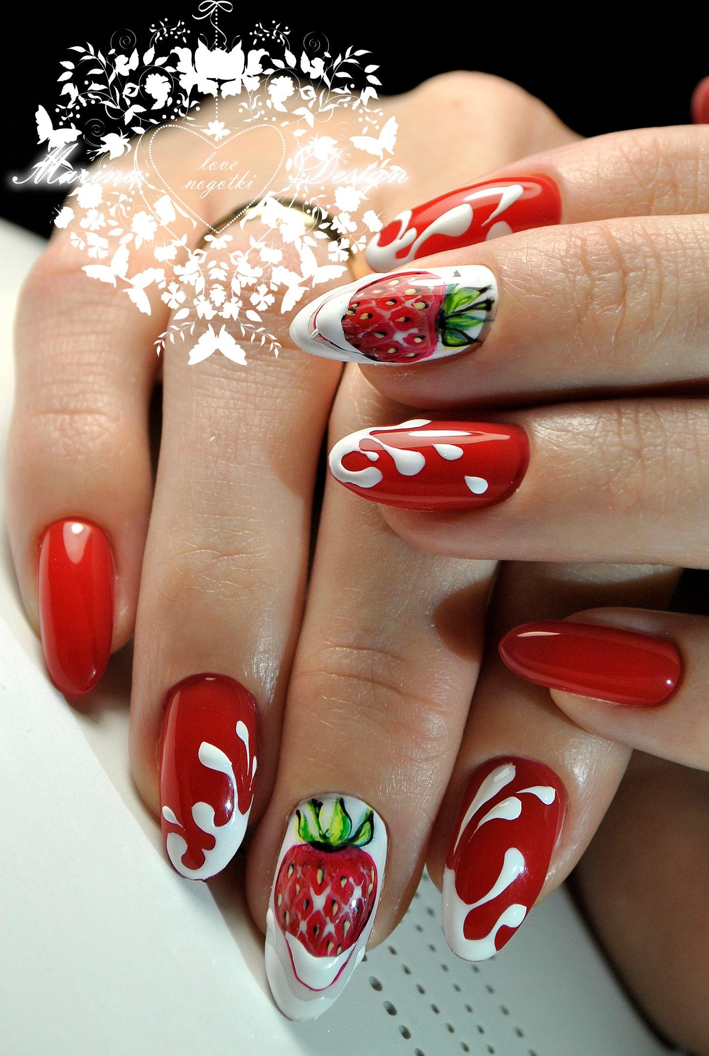 Фото разноцветного маникюра на нарощенных ногтях