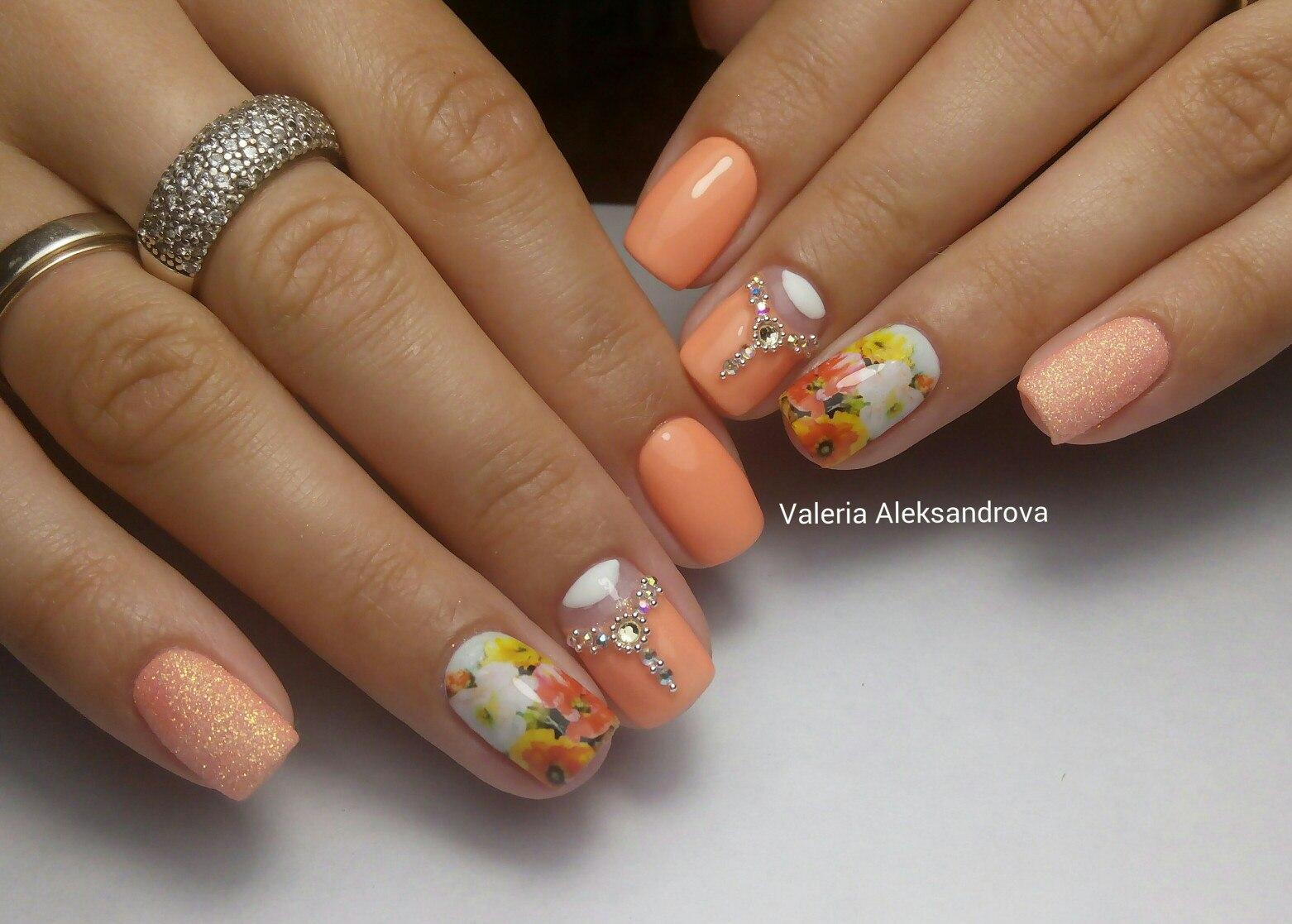 Дизайн ногтей персиковый фото