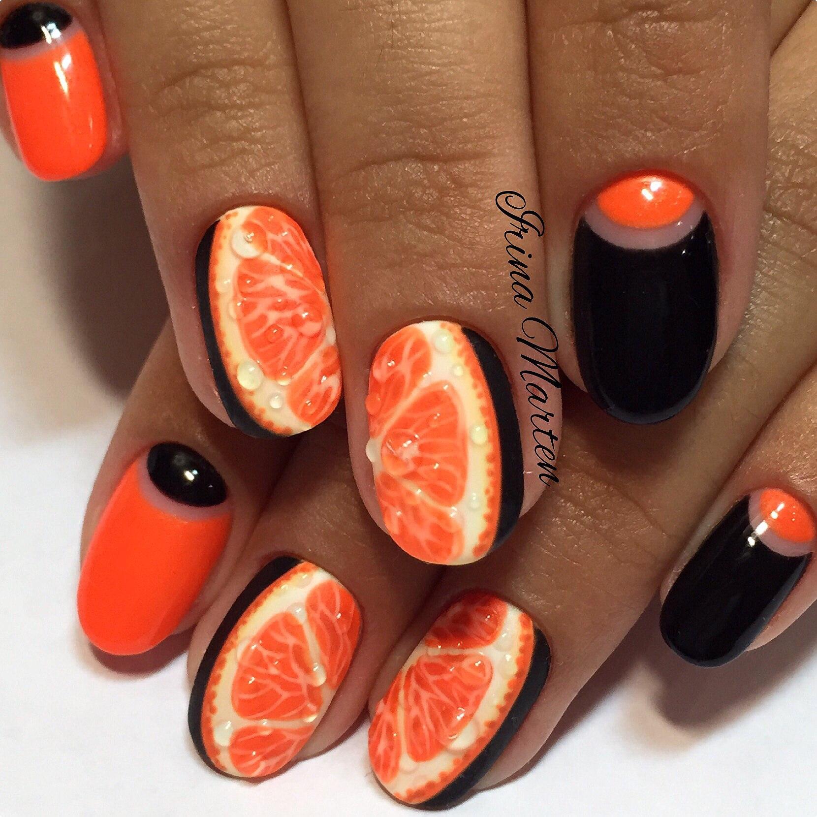 Дизайн ногтей оранжевый с черным
