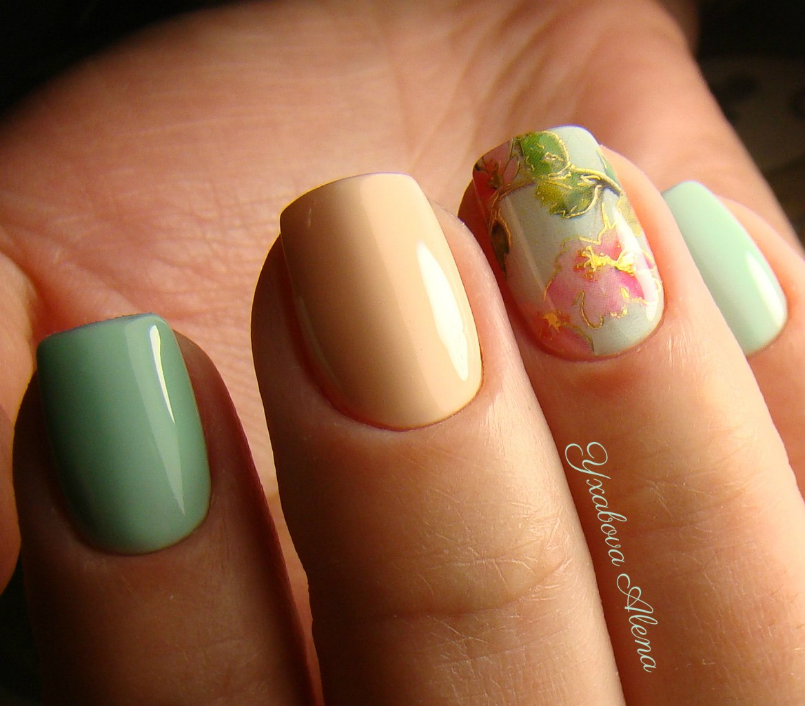 желтые ногти с дизайном фото