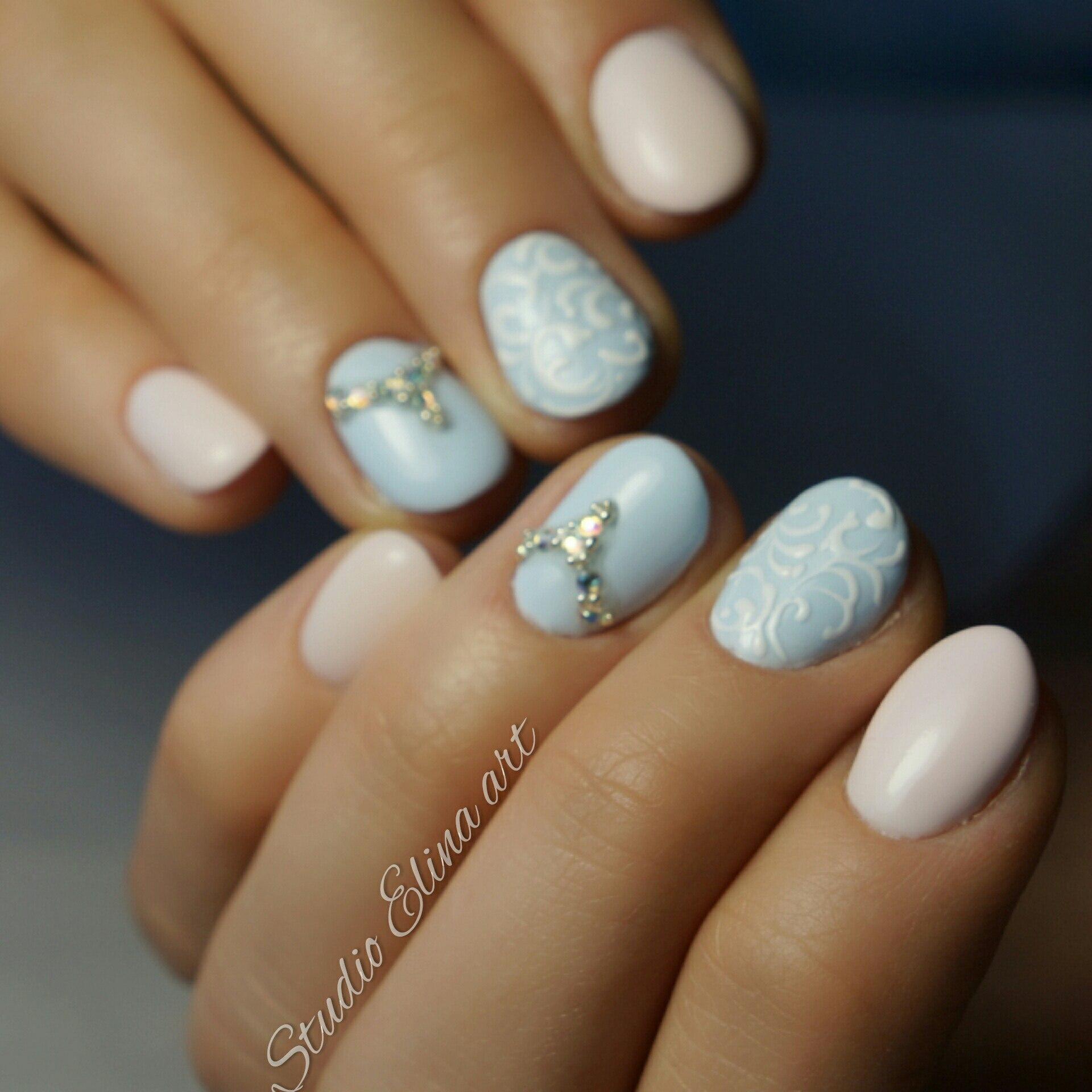 Красивый маникюр на длинные овальные ногти 64
