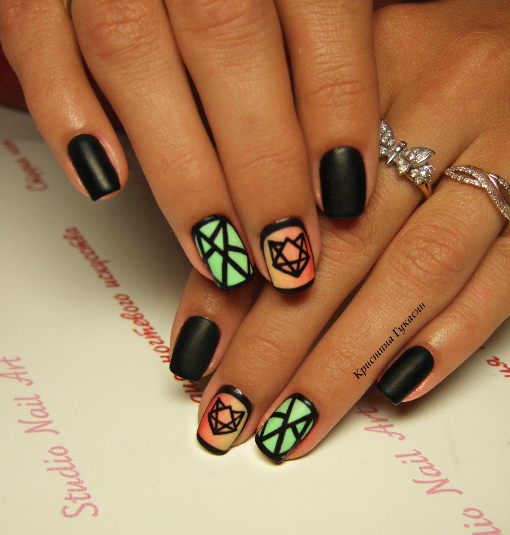 картинки ногти с рисунками