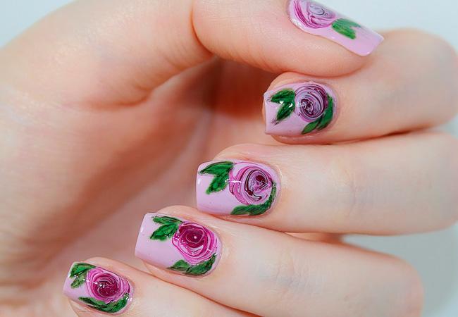 ногтях на маникюр розы рисунок