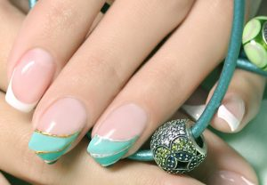 Свежий дизайн ногтей