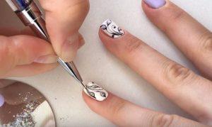 Сиреневый маникюр гель-лаком: 35 фото идей дизайна + пошаговый урок модного маникюра