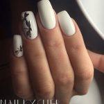 Маникюр с белым лаком: 40 фото идей модного дизайна