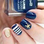 Маникюр с полосками и фольгой: 50 фото идей стильного дизайна ногтей